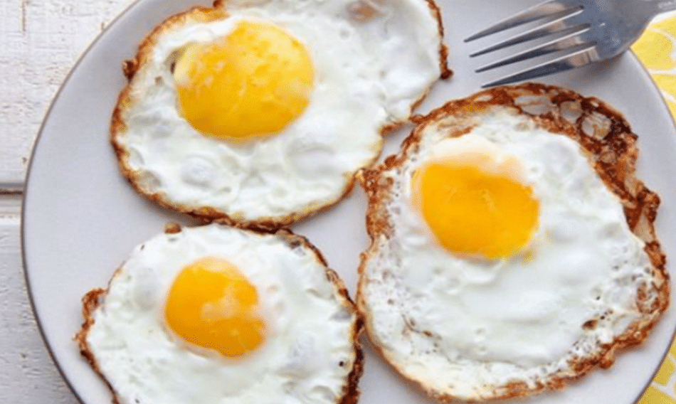 lies about eating eggs