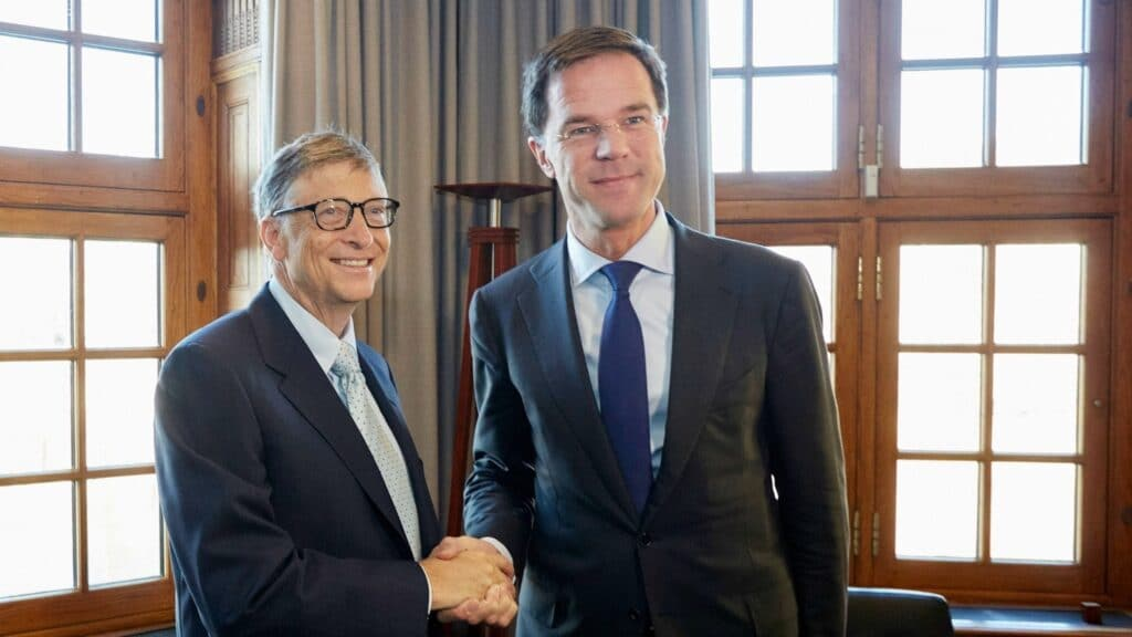Bill Gates and Mark Rutte